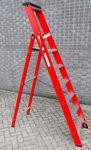 Afbeelding van Kelfort plateautrap, 1x6, gecoat aluminium, extra diepe trede, rood